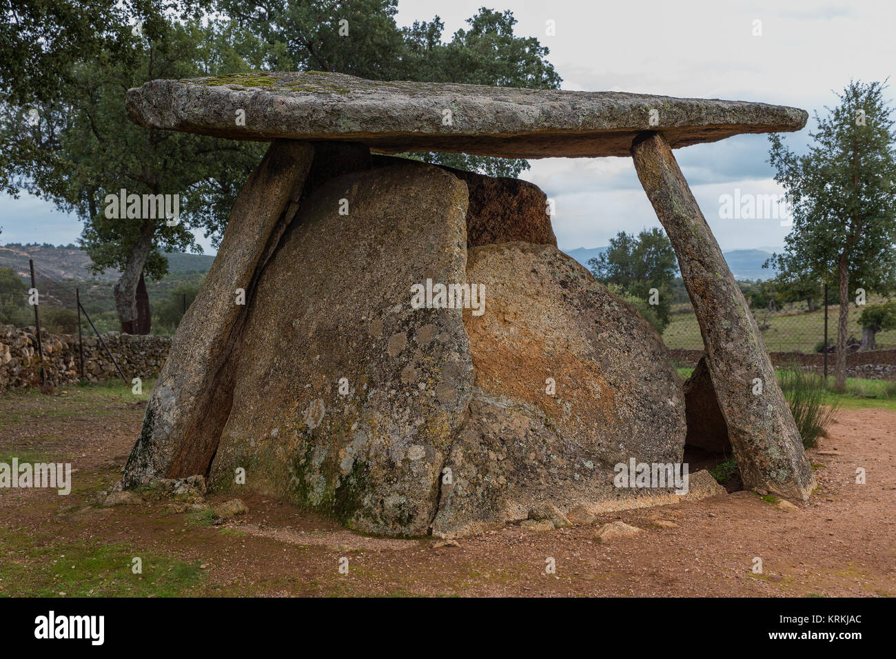 Chamber with short corridor. It is one the most ancient dolmens known in Valencia de Alcántara. Spain. Chronology: - Stock Image