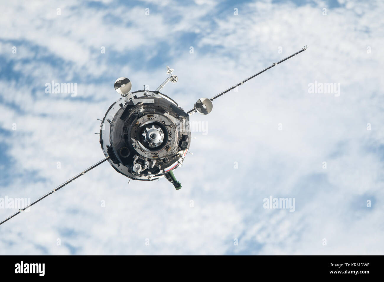 Soyuz TMA-20M spacecraft approaches the ISS (1) - Stock Image