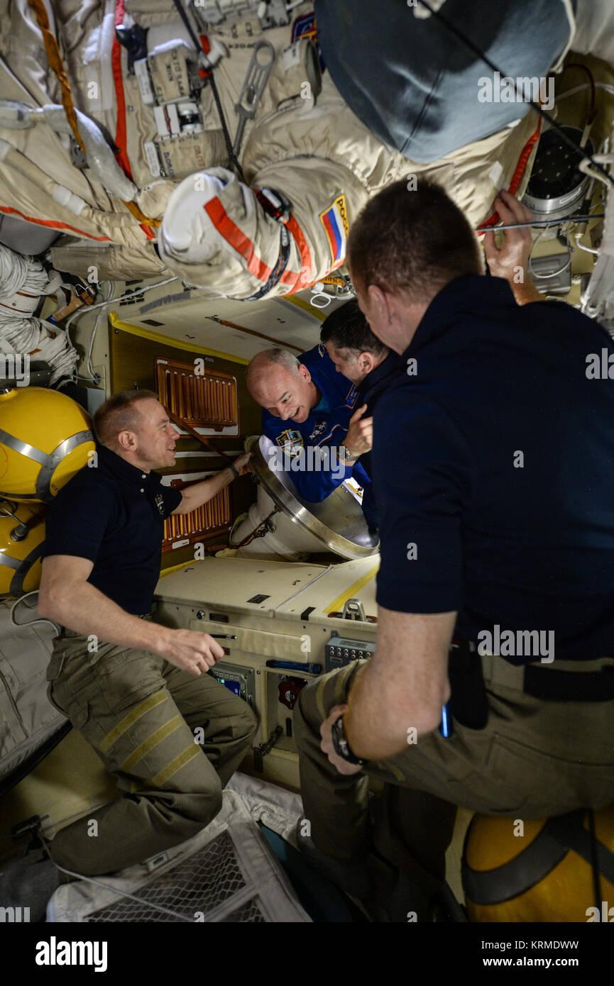 ISS-47 Welcome of Soyuz TMA-20M crew - Stock Image