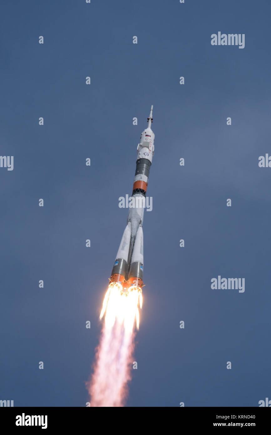The Soyuz MS-04 rocket launches from the Baikonur Cosmodrome in Kazakhstan on Thursday, April 20, 2017 Baikonur - Stock Image