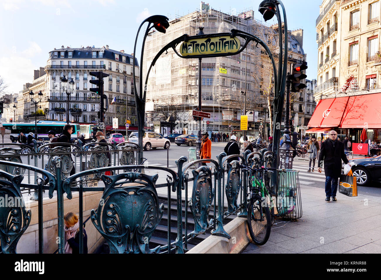 Place De Clichy Stock Photos & Place De Clichy Stock Images - Alamy