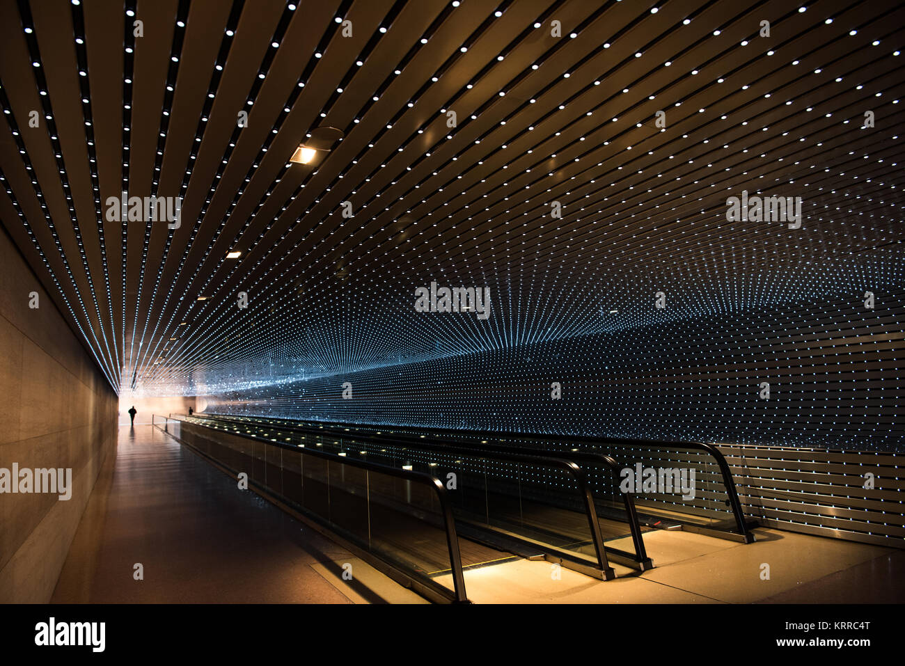 An LED light installation by American artist Leo Villareal titled Multiverse (2008) connecting the old and new buildings - Stock Image
