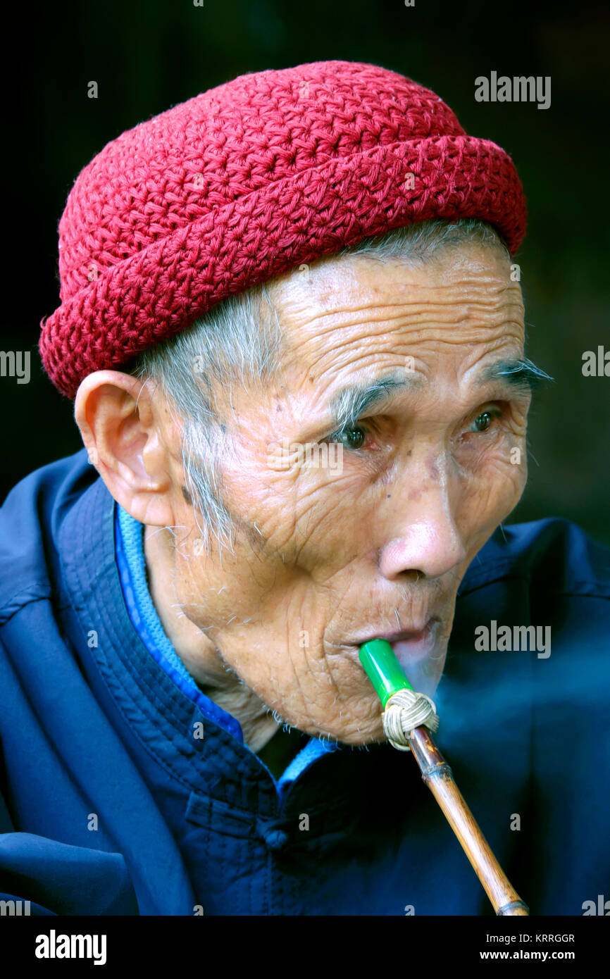 Elderly Dong minority man, Zhaoxing Village, Liping County, Guizhou Province, China - Stock Image