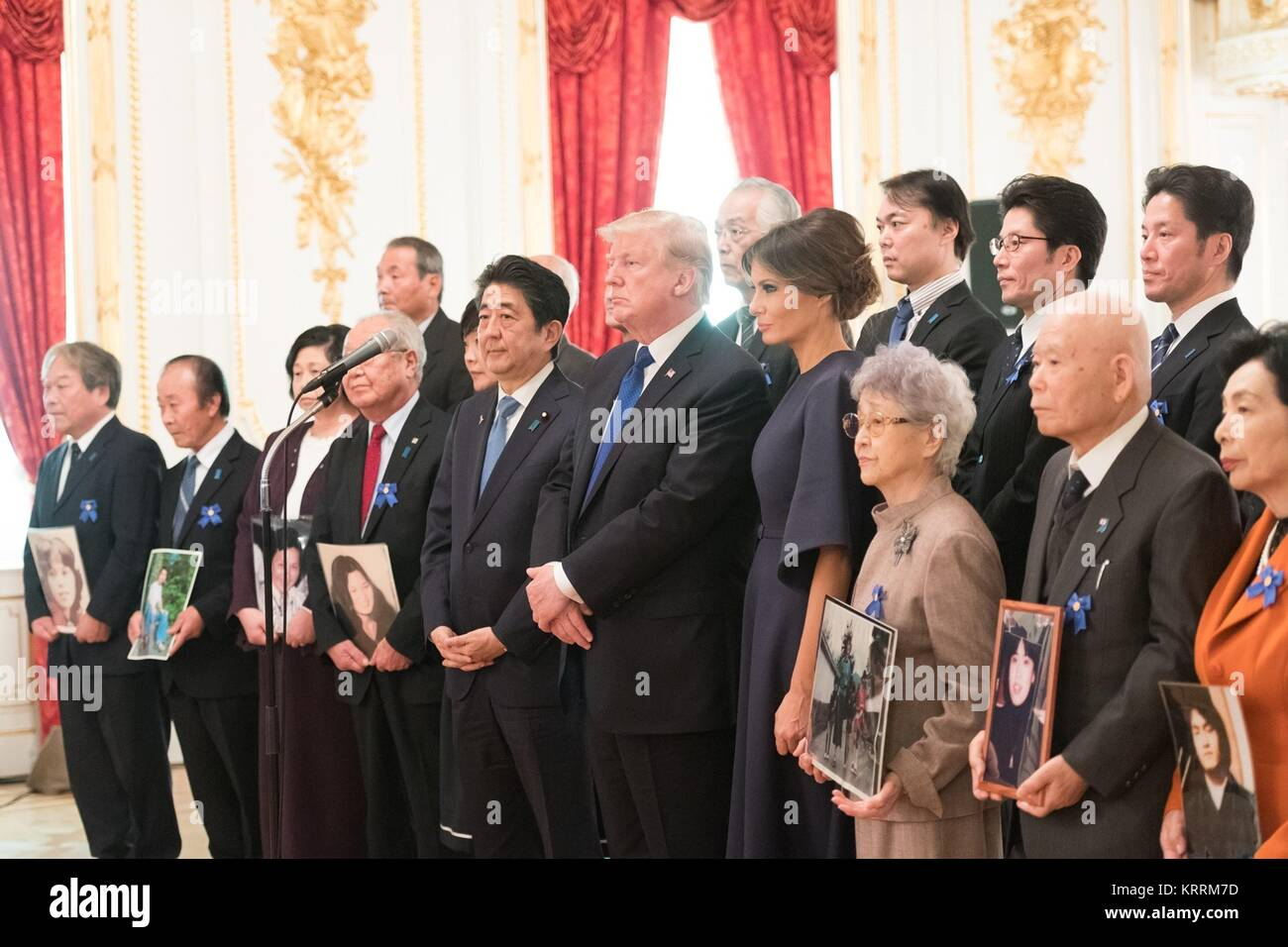 Japanese Prime Minister Shinzo Abe, U.S. President Donald Trump, and U.S. First Lady Melania Trump meet with the - Stock Image
