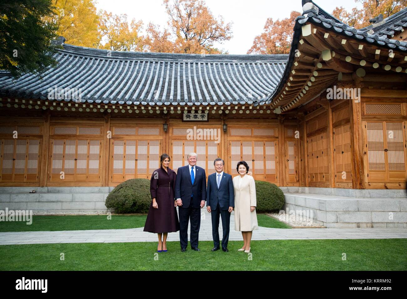 U.S. First Lady Melania Trump, U.S. President Donald Trump, South Korean President Moon Jae-in, and wife Kim Jung - Stock Image