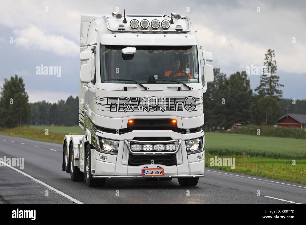 LUOPAJARVI, FINLAND - AUGUST 10, 2017: Black and white customized Renault Trucks T semi tractor with light accessories - Stock Image