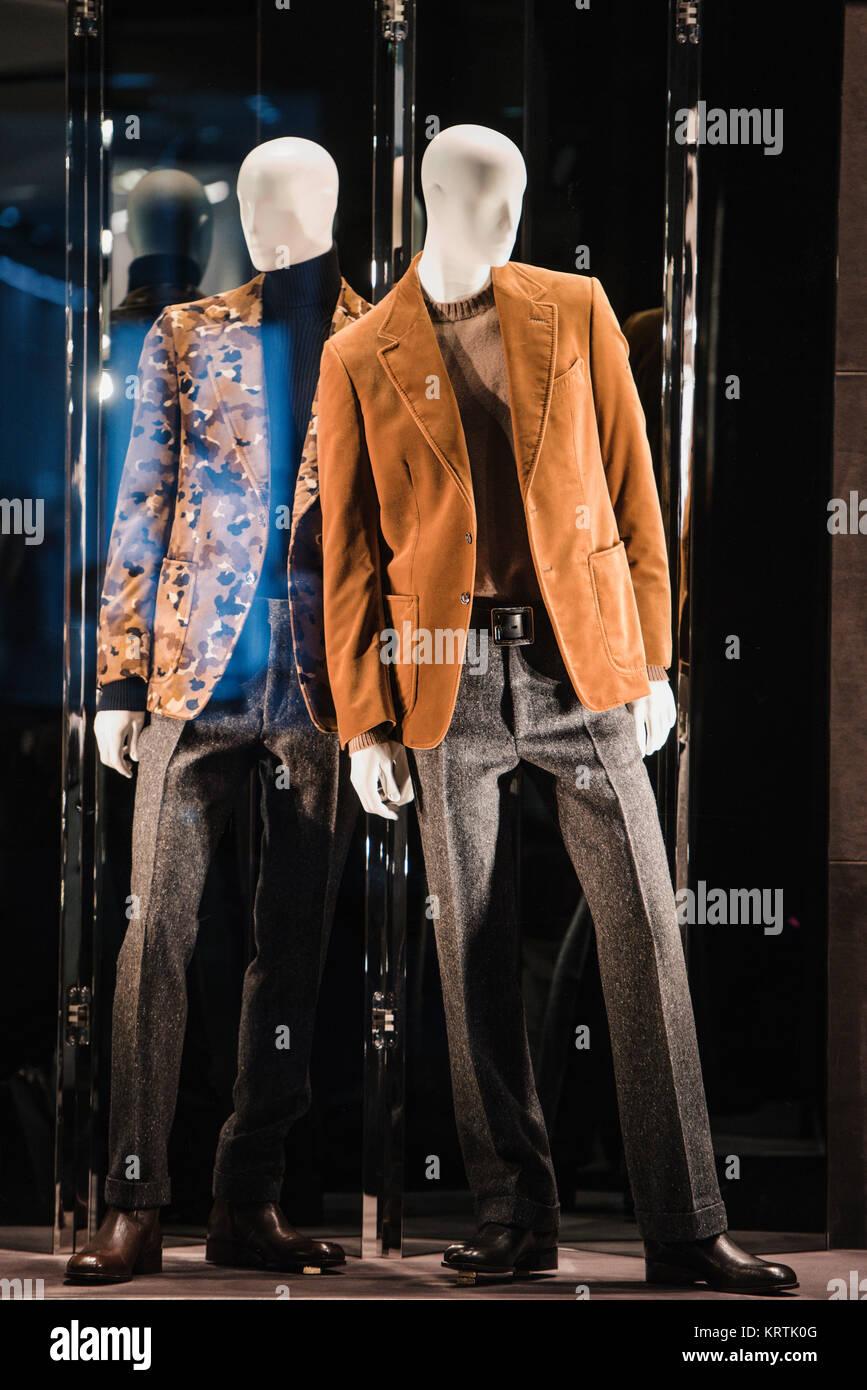 3fc80fef875 Mannequin Men Cloth Store Stock Photos & Mannequin Men Cloth Store ...