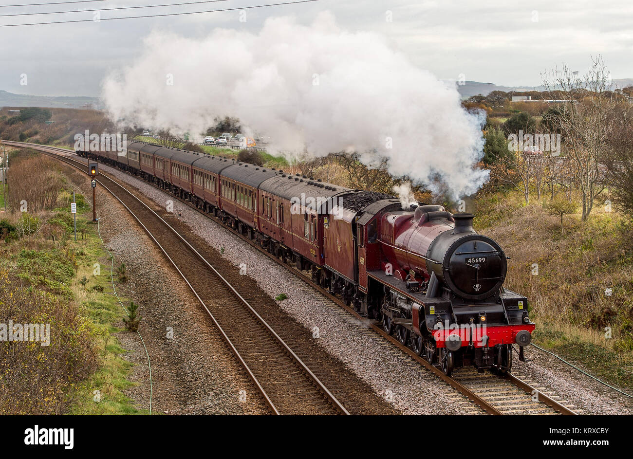 Conway, Wales, UK. 18th Nov, 2017. LMS Stanier Jubilee 45699 Galatea Travels on the North Wales Railway Line.45699 - Stock Image