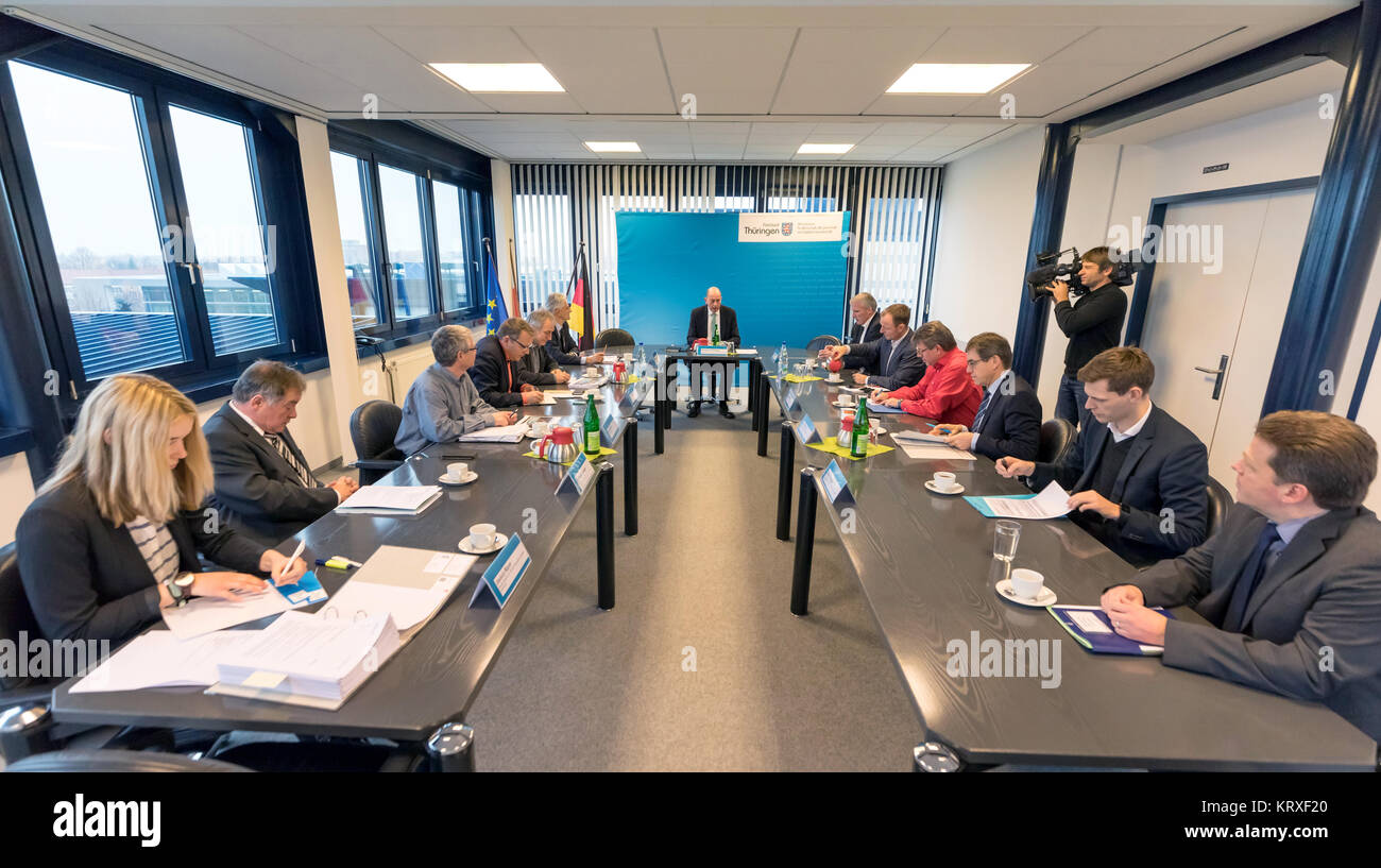 Erfurt, Germany. 21st Dec, 2017. The 'Tast Force Siemens' of Thuringia with Minister of Economic Affairs - Stock Image