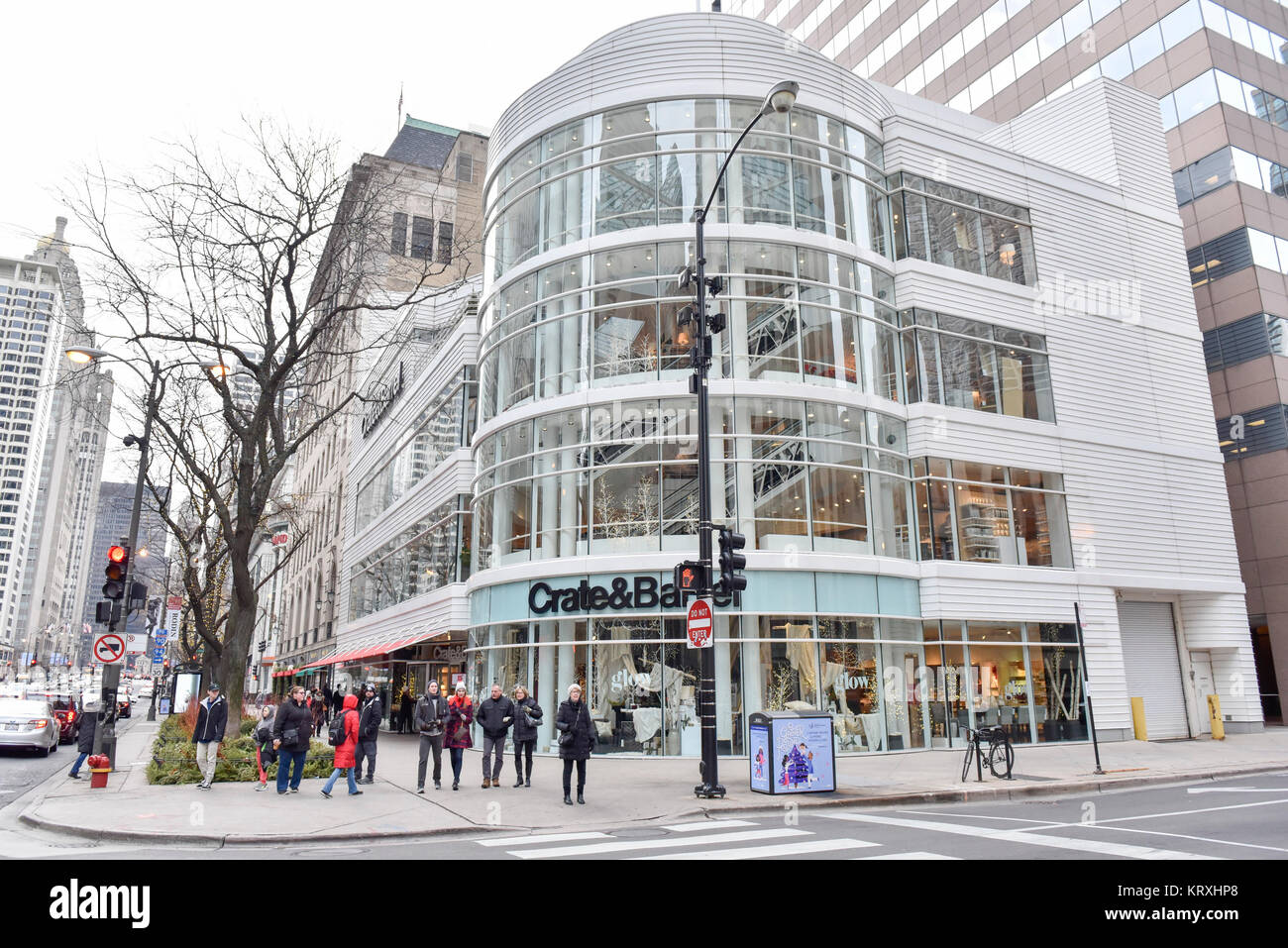 Chicago Usa 21 December 2017 The Flagship Crate Barrel