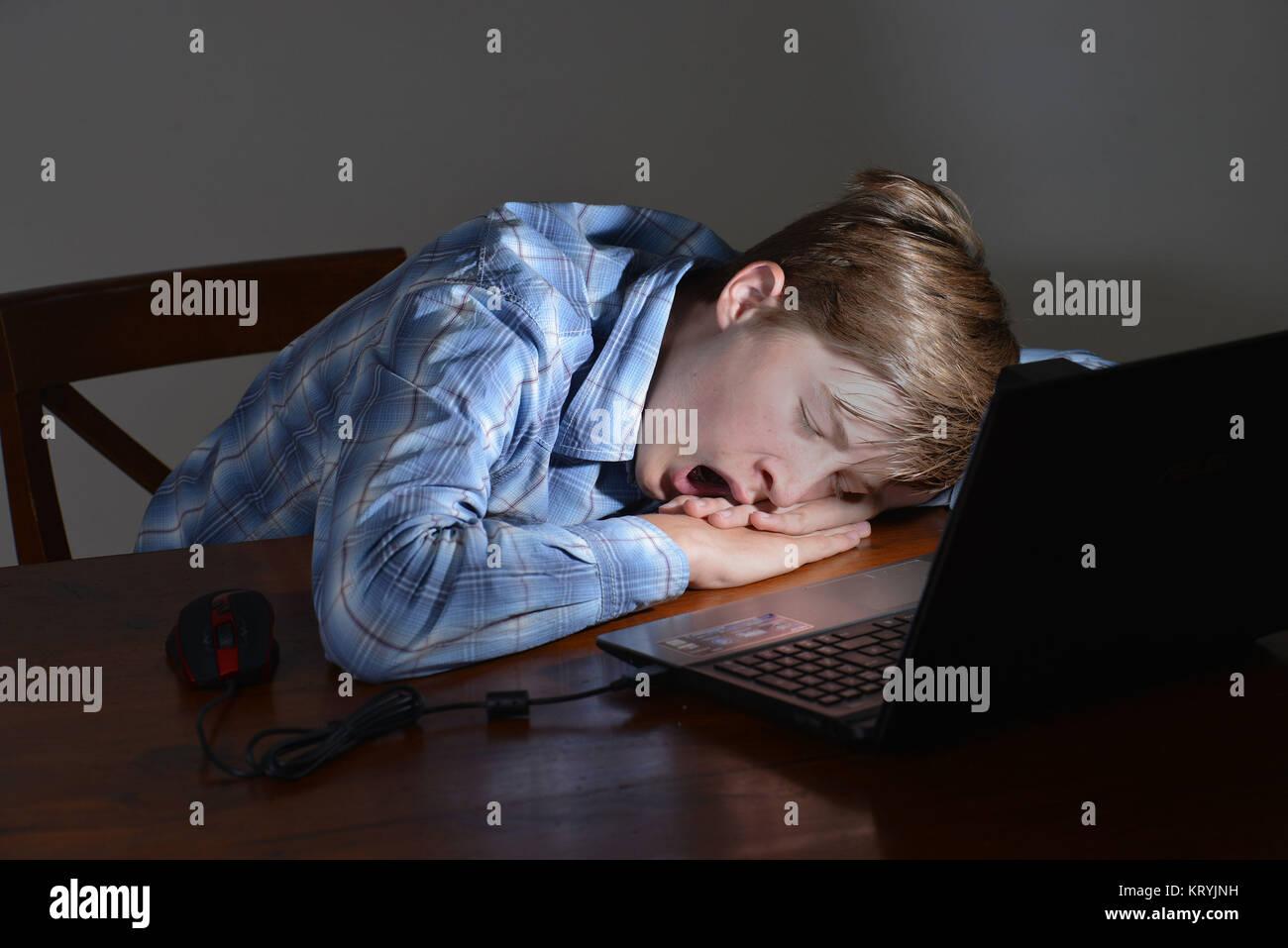 Youngster, computer, sleep, Jugendlicher, Computer, Schlaf - Stock Image