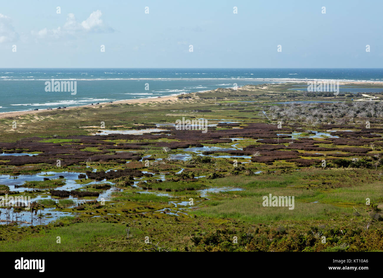 NC01129-00...NORTH CAROLINA - View of the marshes, beach and spit at Cape Hatteras from the Observation Deck of - Stock Image