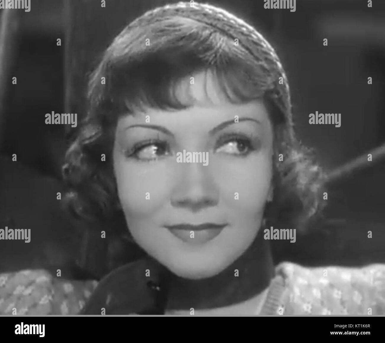 Claudette Colbert In I Cover The Waterfront 2 Stock Photo 169682095