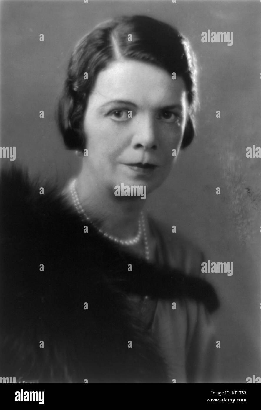 Joanna Dunham,Jane Horrocks (born 1964) Adult tube Paul Miller,Amy Fawsitt (1836-1876)