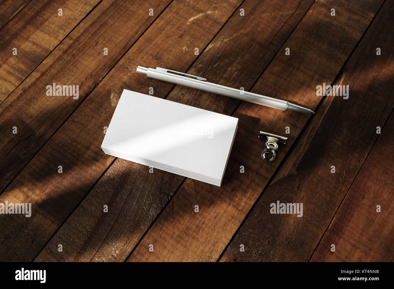 Blank business cards and pen - Stock Image