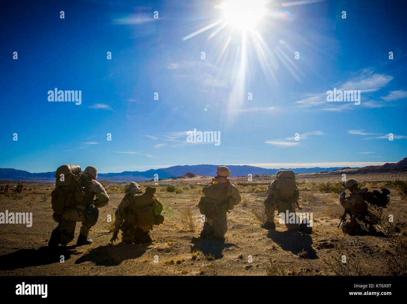 U.S. Marines with 2nd Battalion, 5th Marine Regiment, 1st Marine Division, participate in an air assault as part - Stock Image