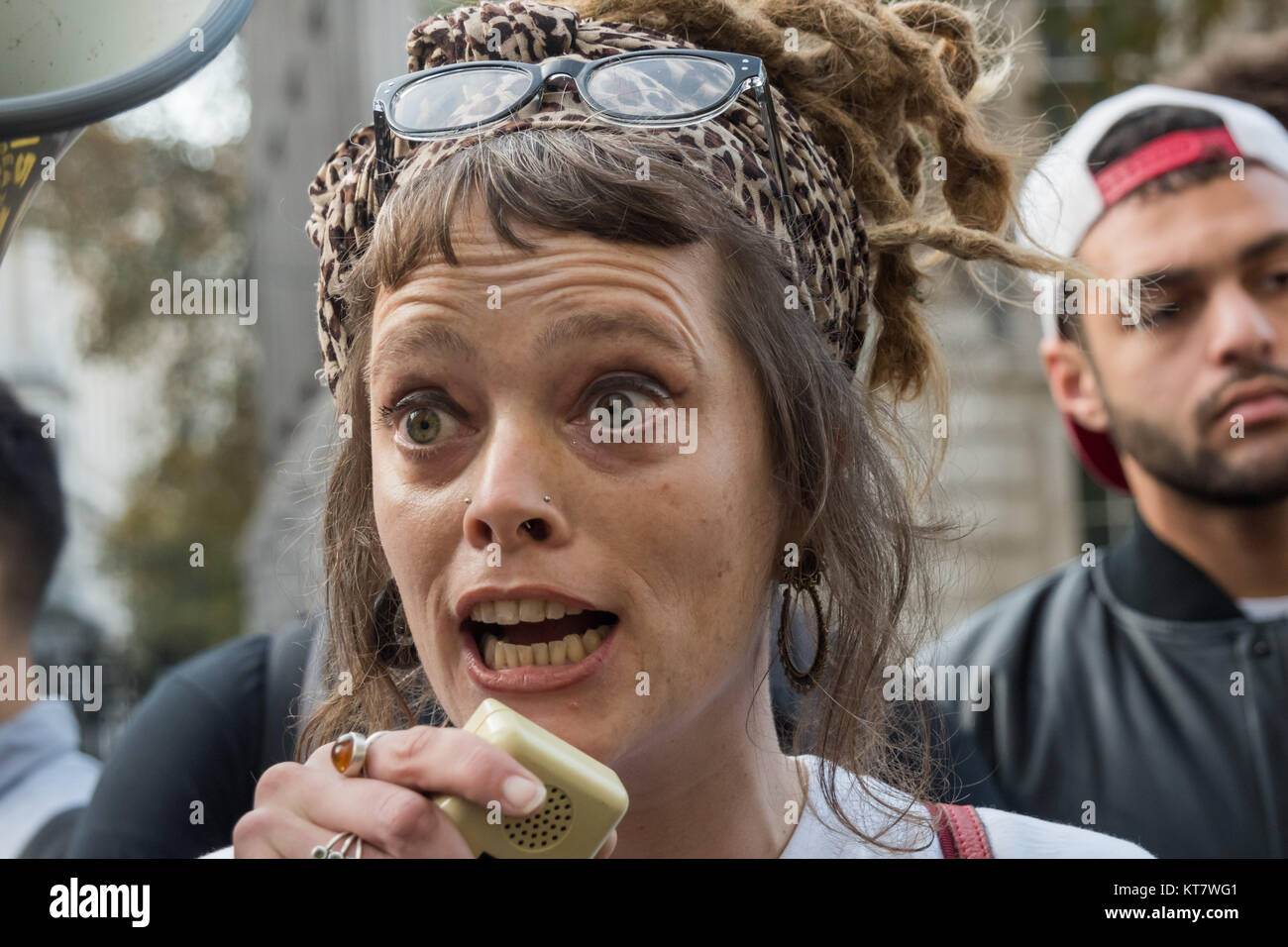 Jo Orchard, sister of Thomas Orchard killed in police custody in 2012 speaking at the rally by United Friends and - Stock Image
