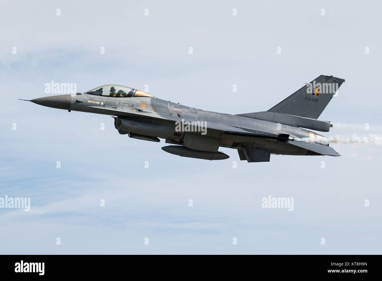A F-16 fighter jet of the Belgian Air Force at the Florennes Air Base. - Stock Image