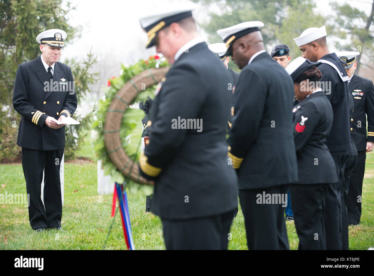 Chaplain (Cmdr) Mark Tanis gives remarks during a ceremony to honor U.S. Navy Rear Admiral Grace Hopper at Arlington - Stock Image