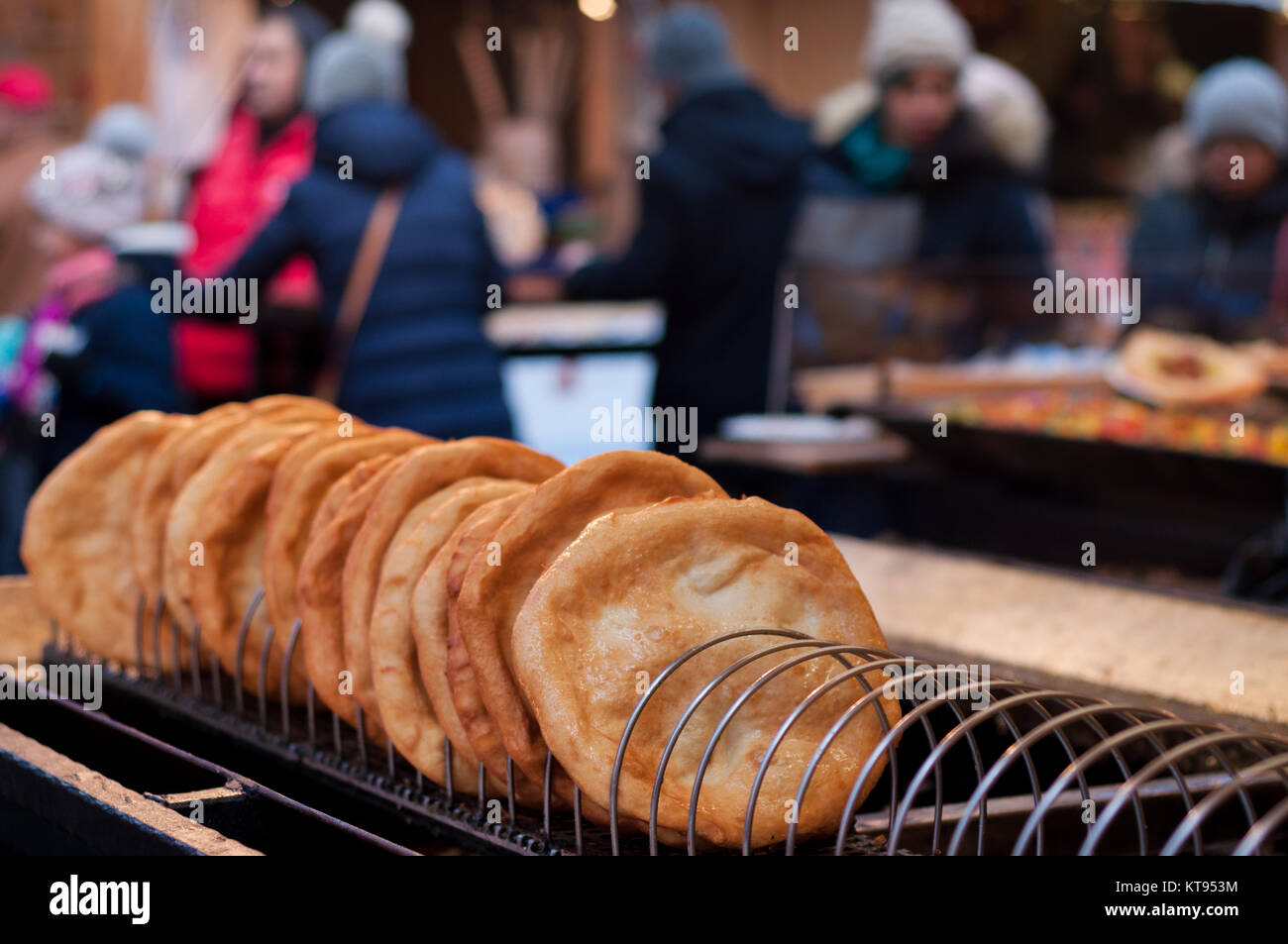 Weihnachtsmarkt Langos.Langos For Sale In The Christmas Market Stock Photo 169846648 Alamy