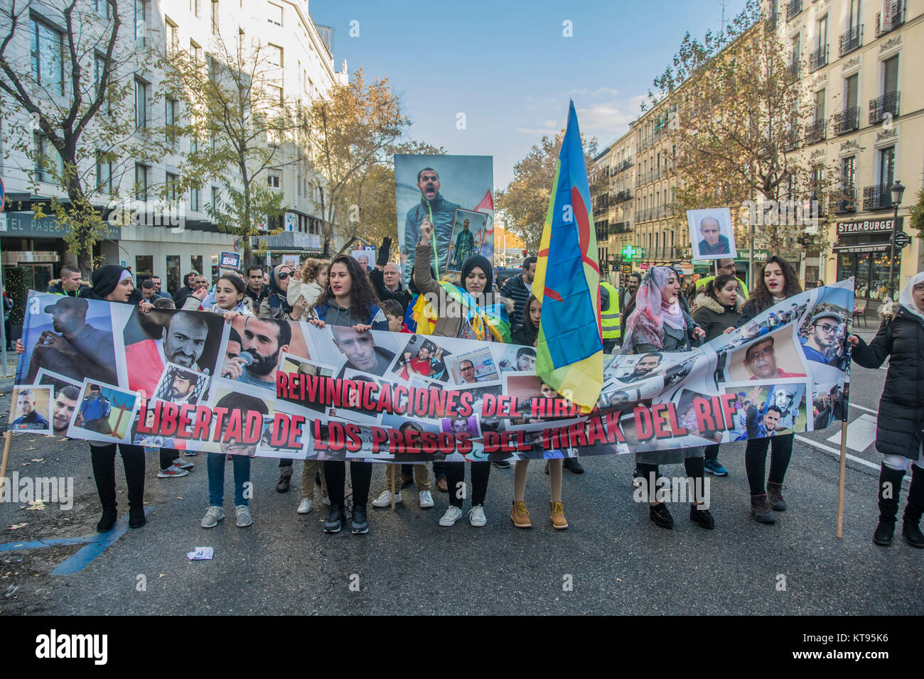 Madrid, Spain. 23rd Dec, 2017. Moroccan community in Madrid march in favor of the politic prisoners in Morocco Hirak - Stock Image