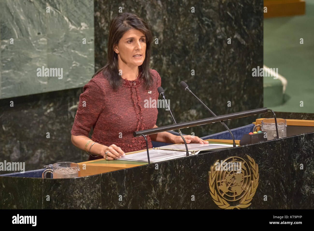 New York, United States. 21st Dec, 2017. US Ambassador to the UN Nikki Haley is seen speaking before a vote by the - Stock Image