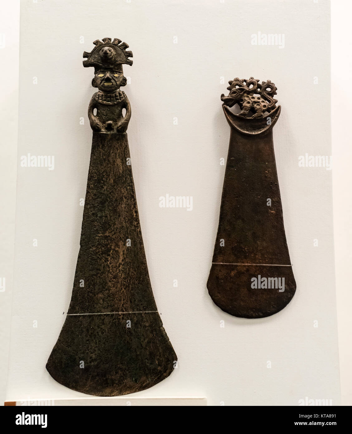 Ceremonial knives, Moche culture 100 AC-800 AC Perú - Stock Image