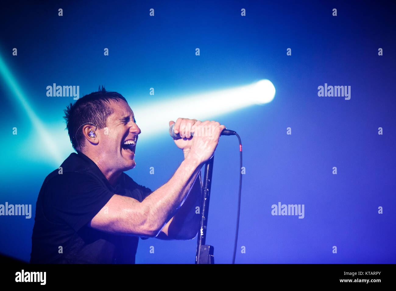 Nine Inch Nails Live Music Stock Photos & Nine Inch Nails Live Music ...