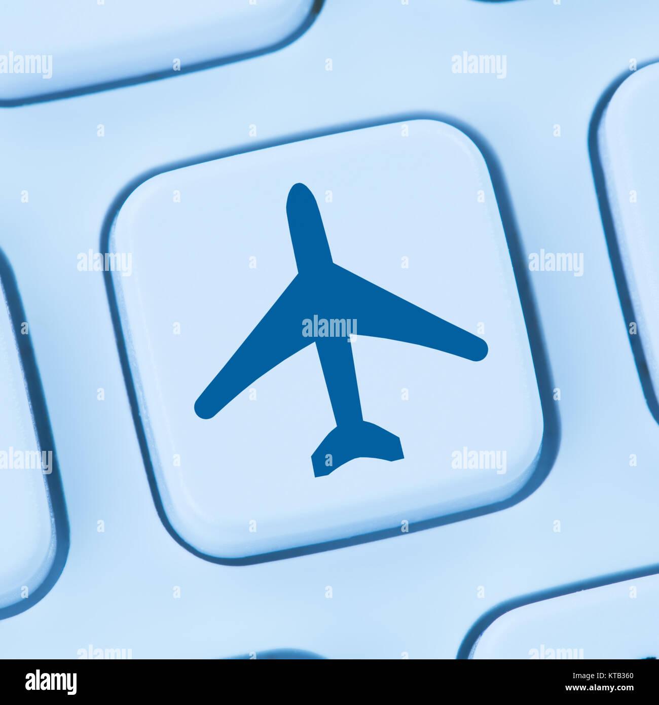 Reisen Urlaub online buchen Shopping E-Commerce einkaufen Internet blau Computer web Tastatur Stock Photo