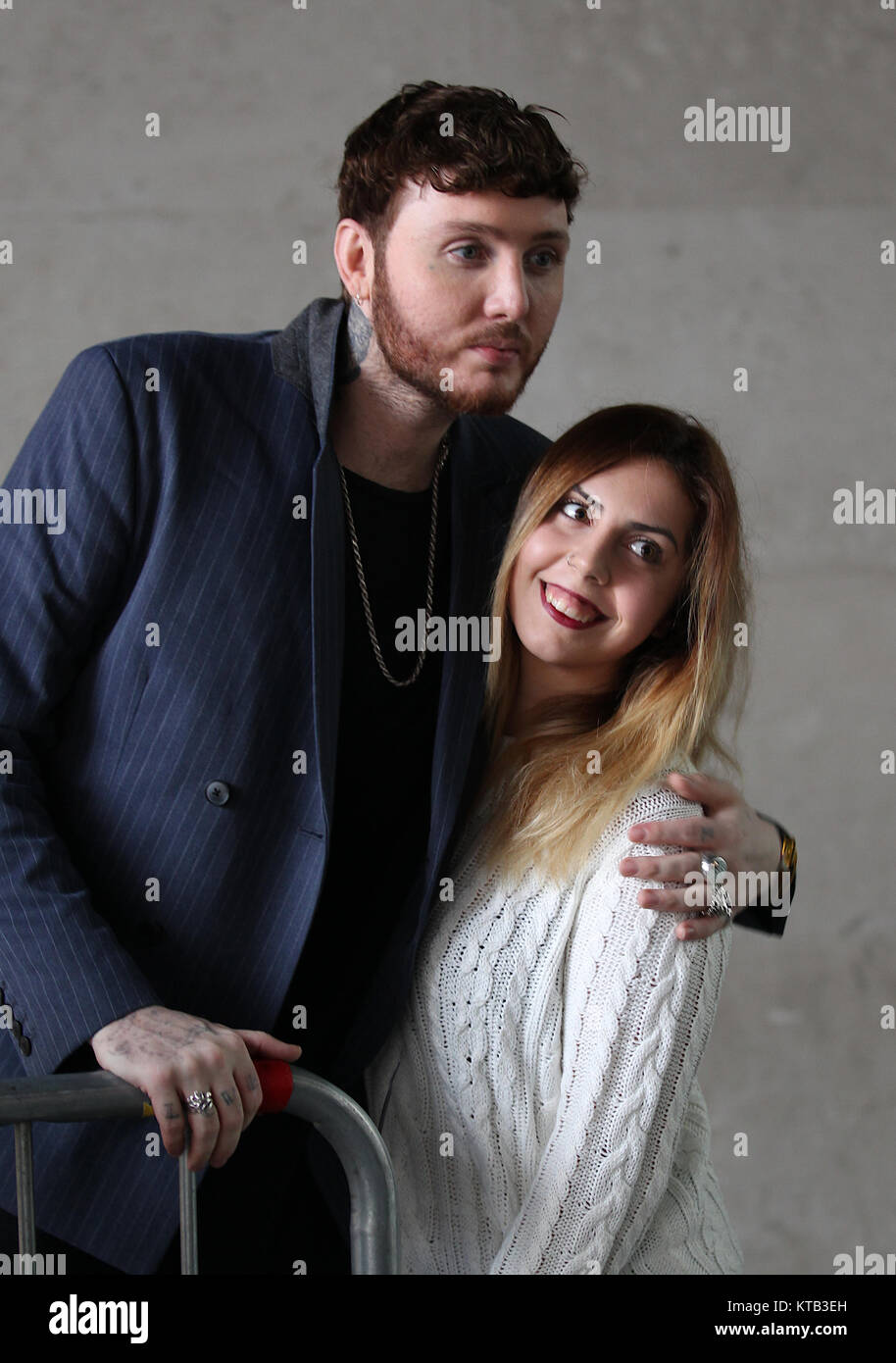 London, UK. 21st December, 2017. James Arthur British singer-songwriter seen receiving gifts from fans at the BBC Stock Photo