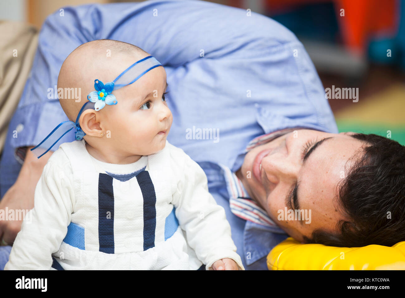Father with his 6 months old baby girl - Stock Image