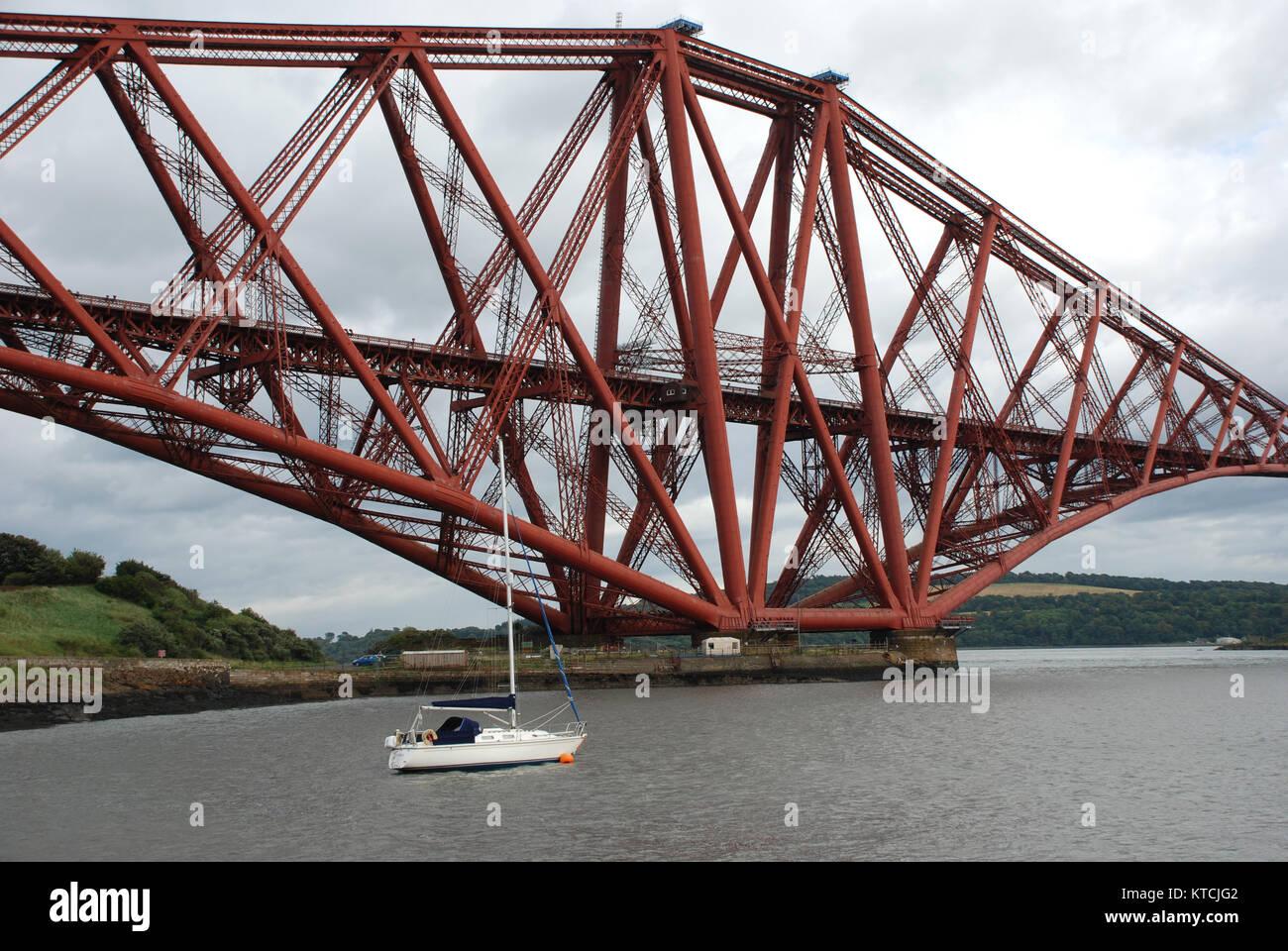 Forth Rail Bridge Edinburgh - Stock Image
