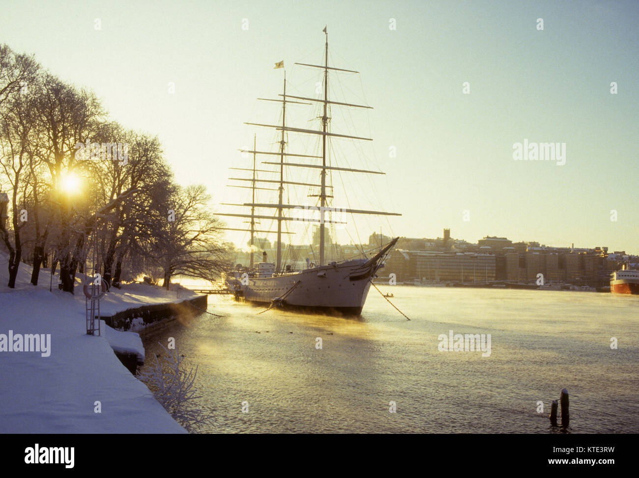 AF CHAPMAN hostels in Stockholm in winterlight and seascape 2009 former training ship for Swedish navy built 1988 - Stock Image