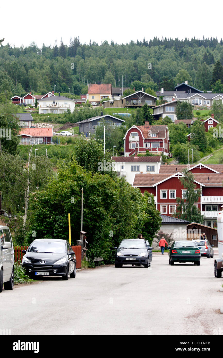 RÄTTVIK Dalarna 2011 Villas on the slopes towards Lake Siljan - Stock Image