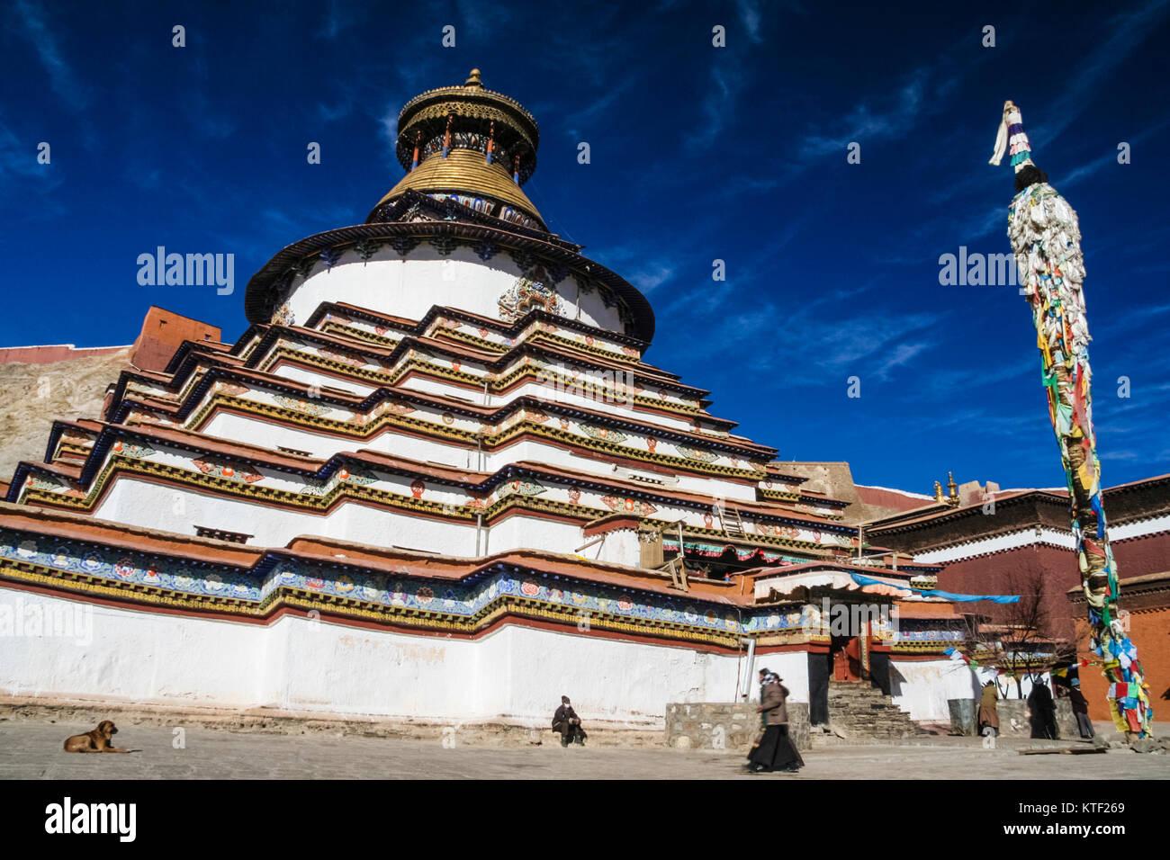 Kumbum chorten at Pelkor Chode Monastery, Gyantse, Tibet - Stock Image