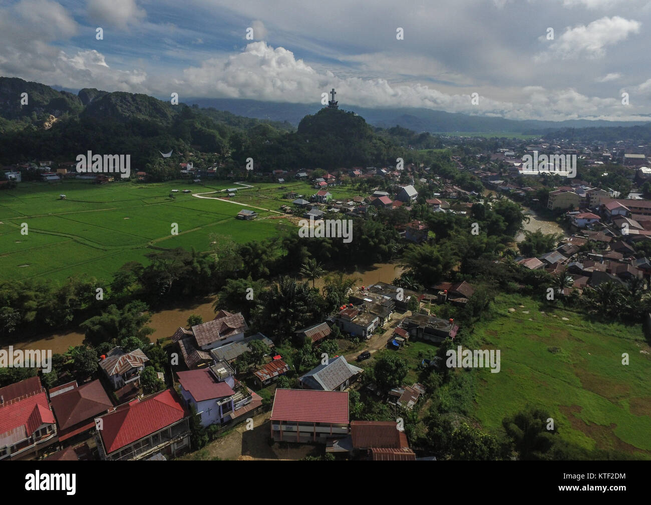 Gigantic Christianity cross in the city of Rantepao in the regency of North Toraja (Toraja Utara) - Indonesia. - Stock Image