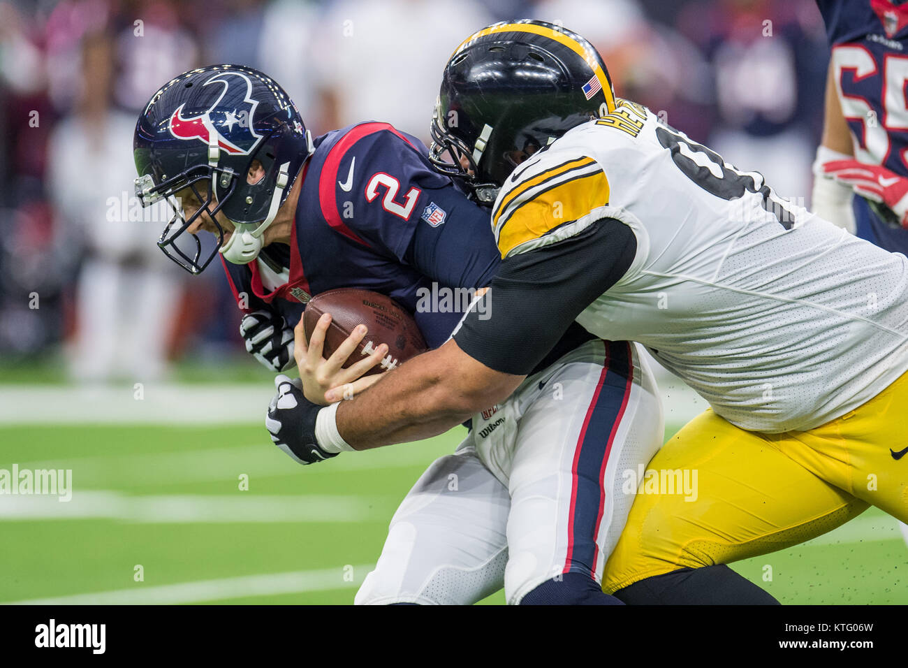 Houston, TX, USA. 25th Dec, 2017. Pittsburgh Steelers defensive end Cameron Heyward (97) sacks Houston Texans quarterback - Stock Image