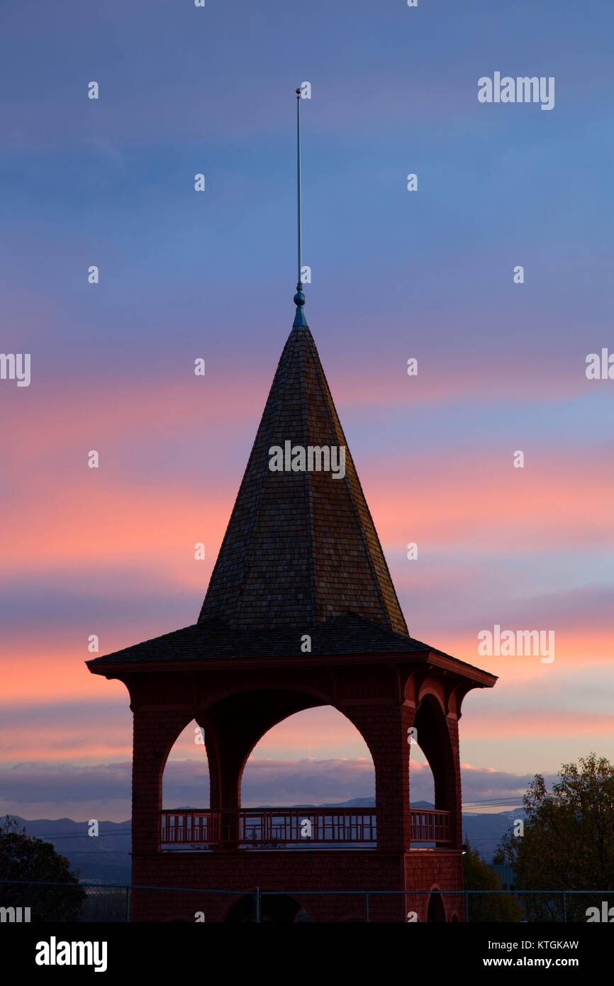 Broadwater Cupola dawn, Reber Broadwater Cupola Park, Helena, Montana - Stock Image