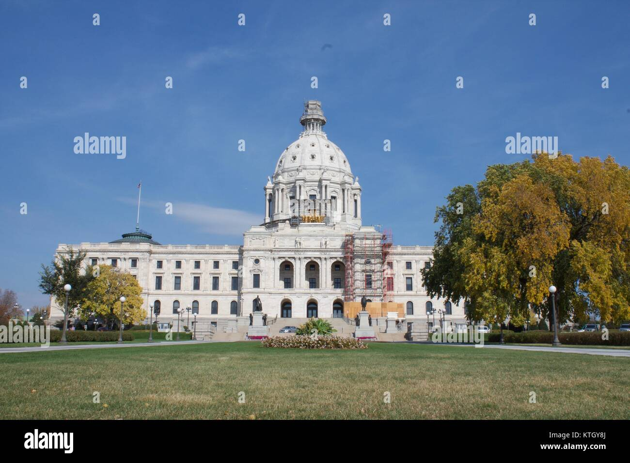 Exterior daytime stock photo of Minnesota state capital building in St. Paul, Minnesota in Ramsey County - Stock Image