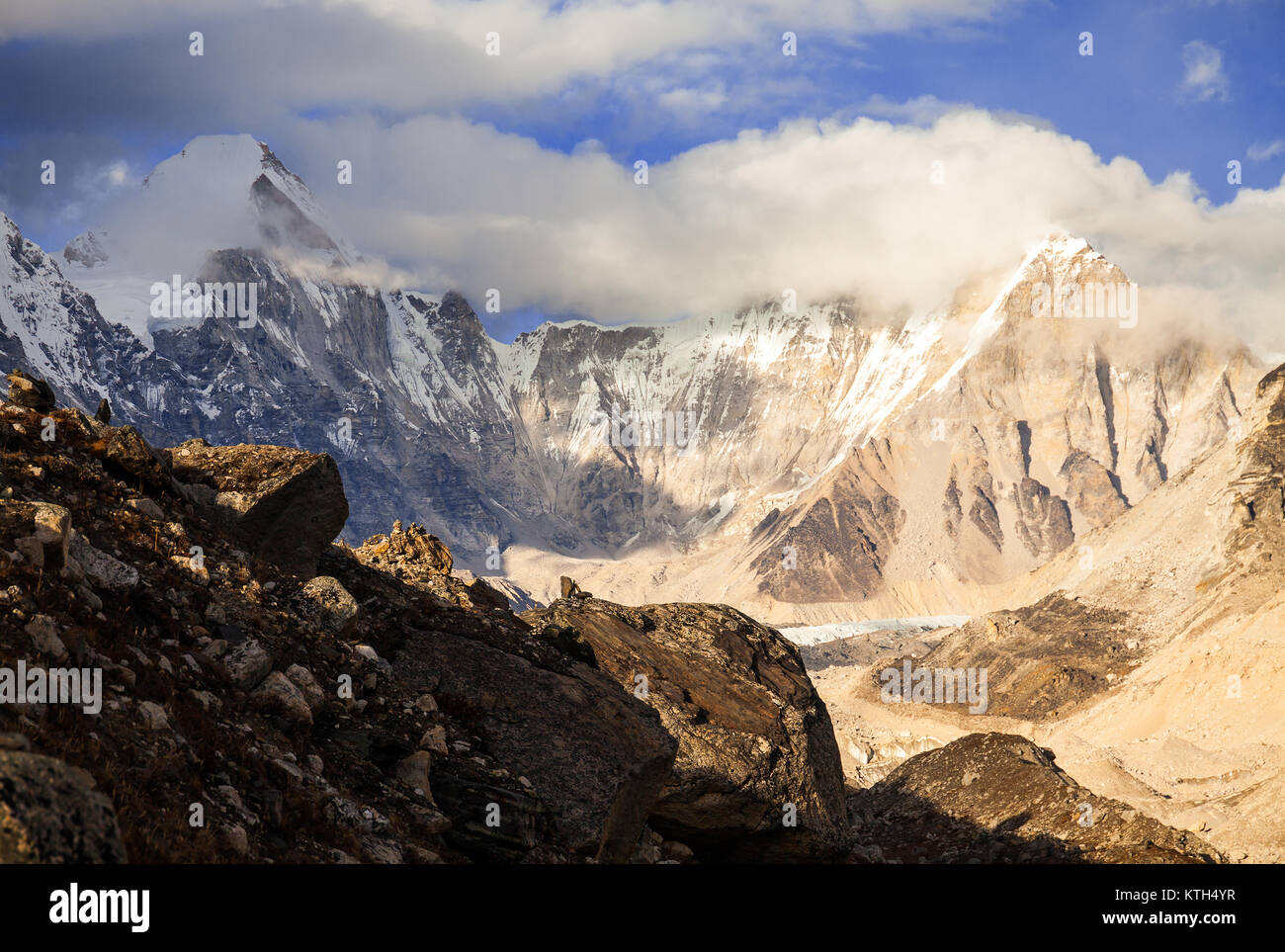 Nuptse, Everest region, Himalaya, Nepal - Stock Image