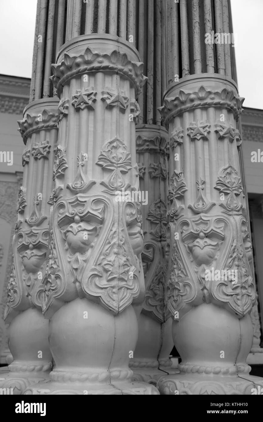 Beautiful columns with carved patterns - Stock Image
