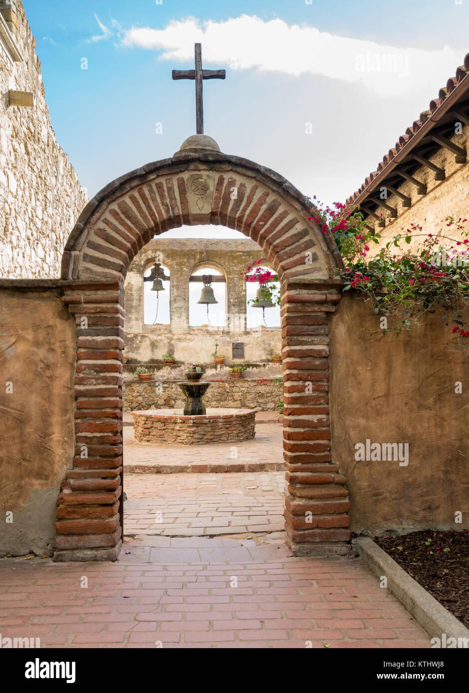 Courtyard Fountain California Stock Photos Amp Courtyard