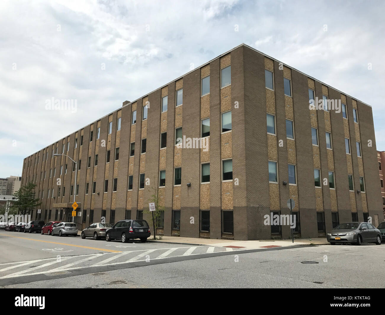Baltimore City Department Of Social Services 1510 Guilford Avenue Stock Photo Alamy