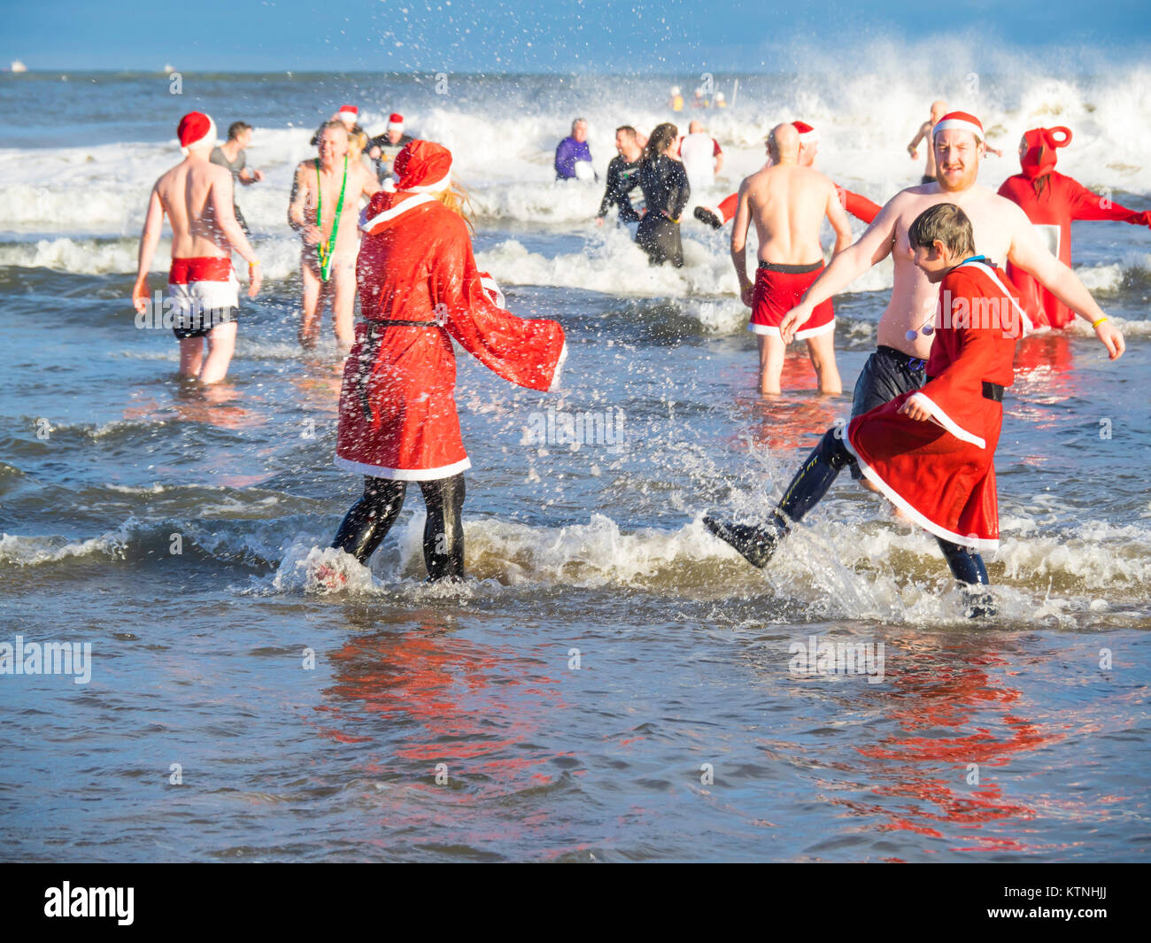Redcar Cleveland, UK  26th Dec, 2017  The annual Boxing Day