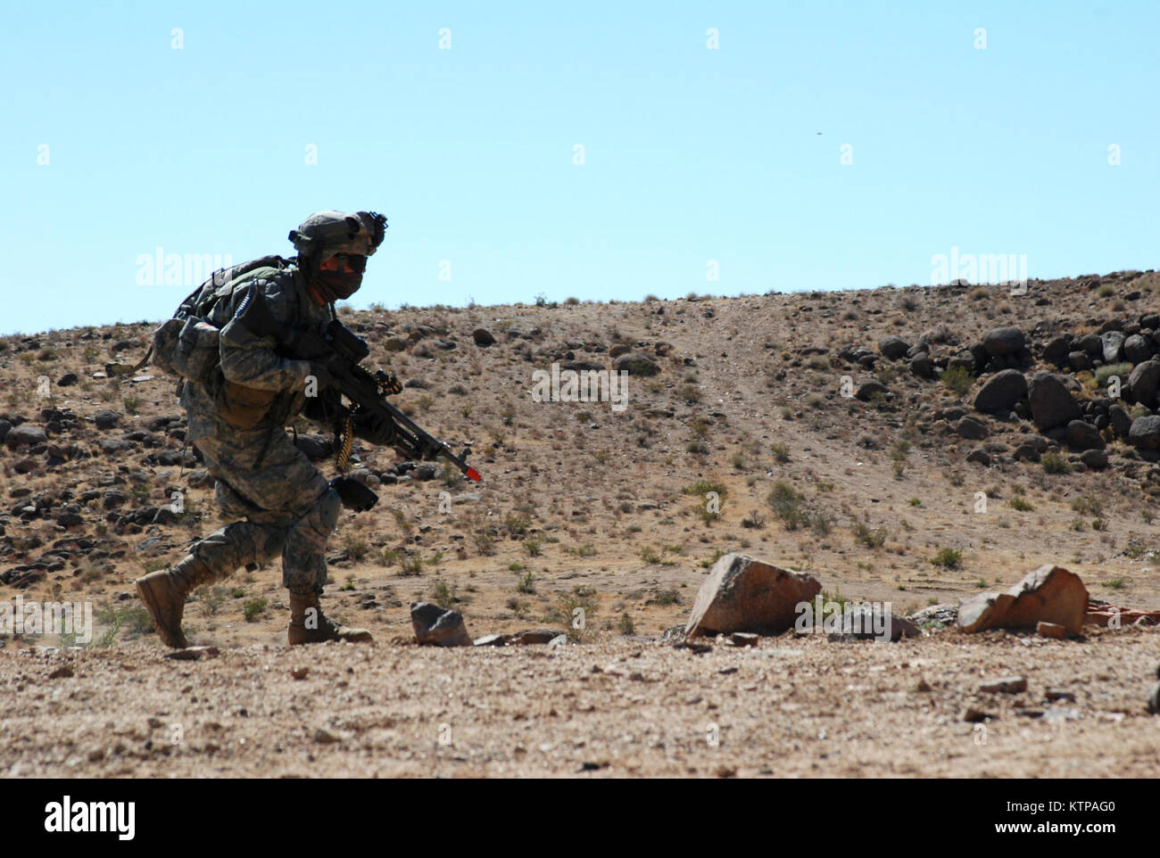 NATIONAL TRAINING CENTER, FORT IRWIN, Calif. –  A New York Army National Guard Soldier from Company B, 2nd Battalion, Stock Photo