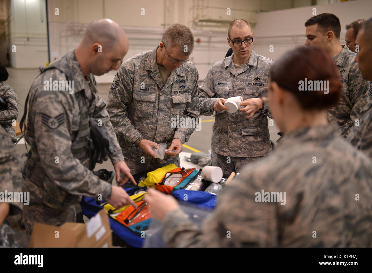 PERRY, GA - Emergency Managers from more than twenty different Air National Guard units begin the second day of Stock Photo