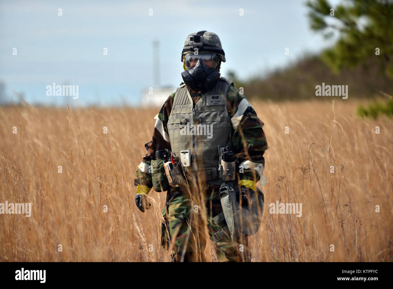 PERRY, GA - Senior Airman Mel Isidro, an  Air National Guard Emergency Manager, searches for radioactive material - Stock Image