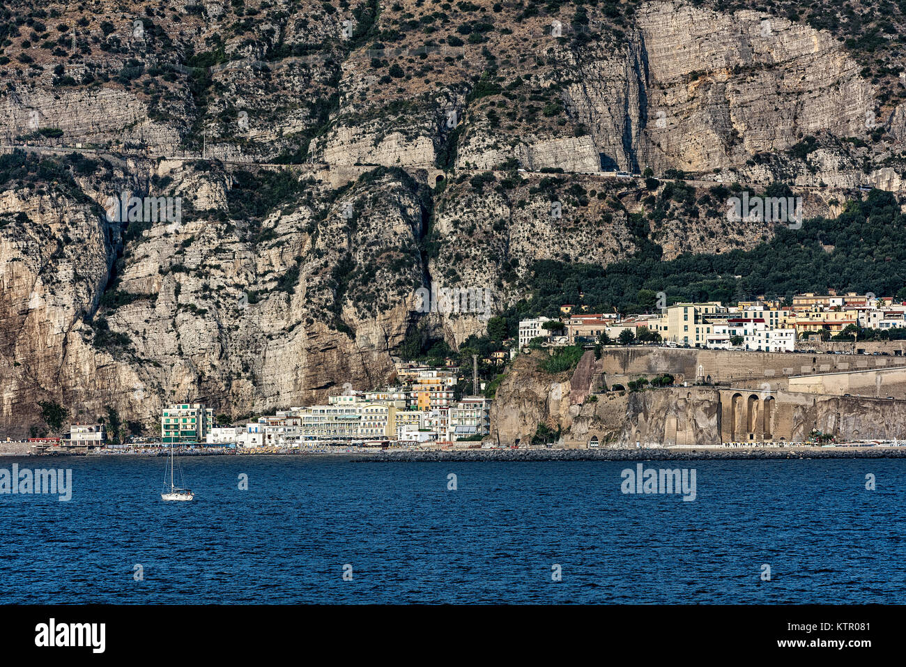 Sea cliffs and waterfront architecture, Meta di Sorrento, Italy. - Stock Image