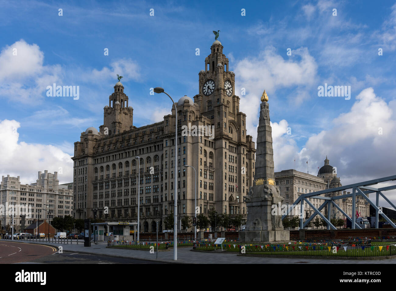 Royal Liver Building and the Memorial to the Engine Room Heroes of the Titanic in Liverpool, Merseyside, UK Stock Photo