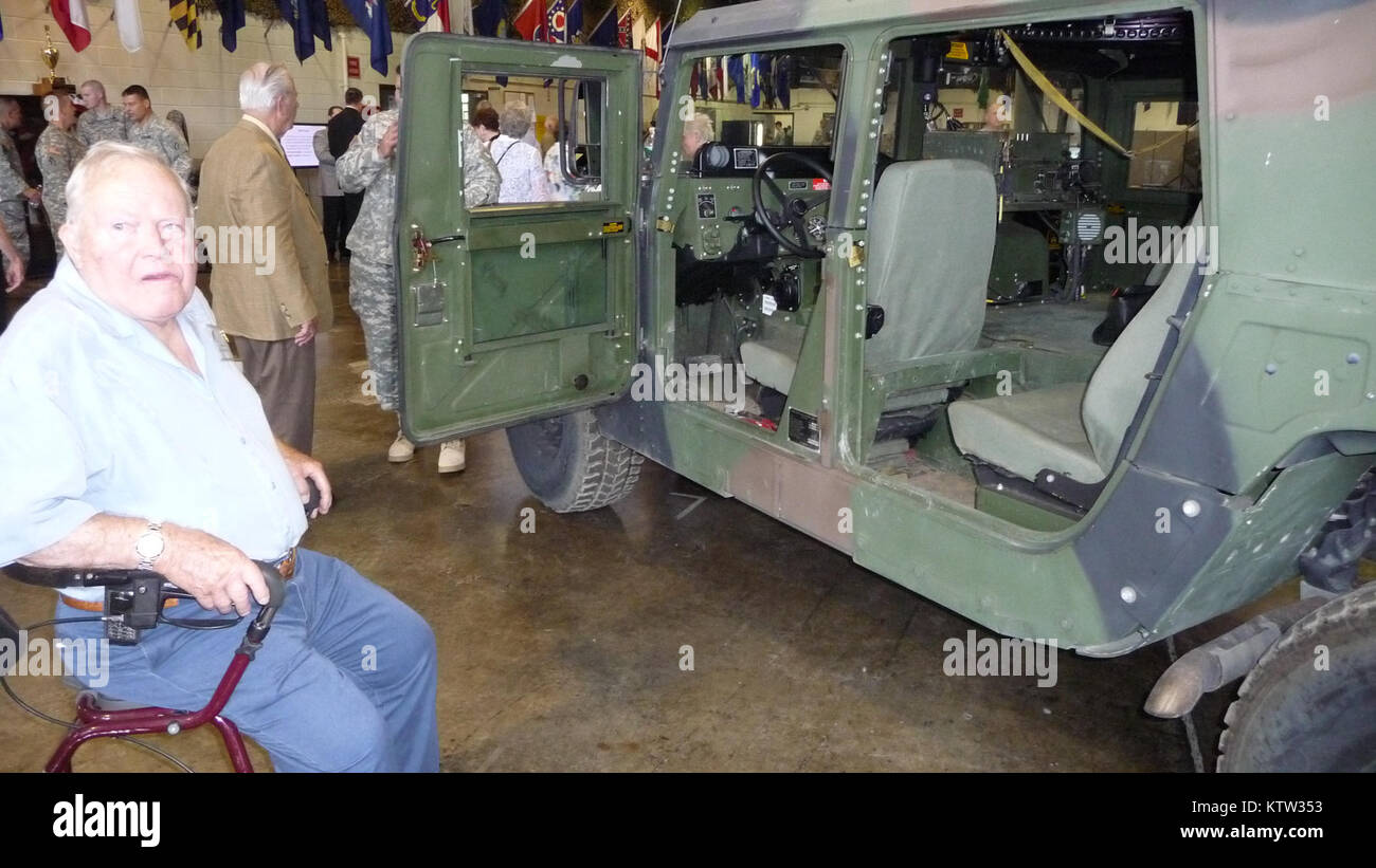 TROY,NY--Don Dart, a World War II veteran of the 42nd Infantry Division inspects an M998 humvee during a visit to - Stock Image